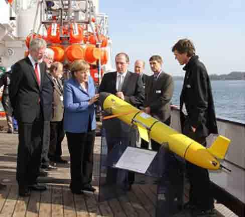 Bundeskanzlerin Angela Merkel besuchte das Forschungszentrum GEOMAR in Kiel